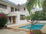 High quality house with private pool located Soi 88