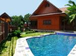 Thai House with a front yard pool for culturally-enthusiastic families