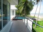 Impressive beachfront pool villa located south of Pranburi