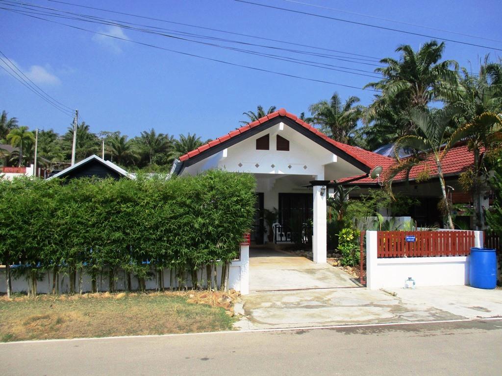 Tremendous Thai Cottage 2 Interior Design Ideas Gentotryabchikinfo