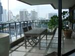 On BTS Phrom Phong 3 Beds Apartment for Rent - Bangkok